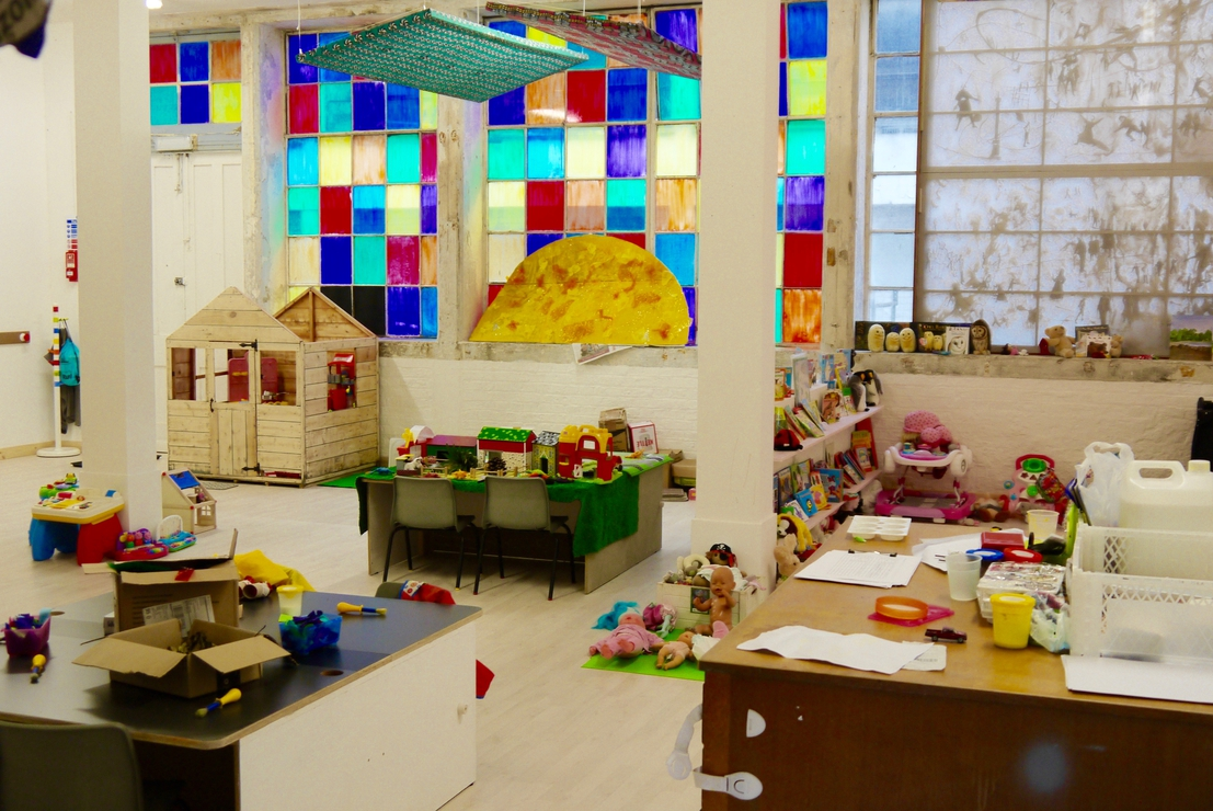 V22 Workspace Crèche: Christmas Open Afternoon